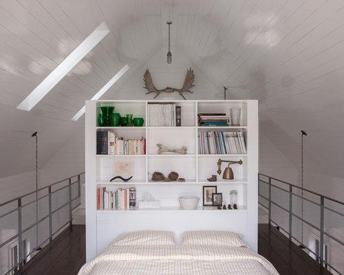 Long and narrow bedrooms houzz - Tete de lit bibliotheque ...