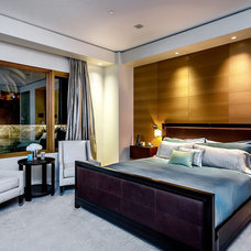 Modern Bedroom by mark pinkerton  - vi360 photography