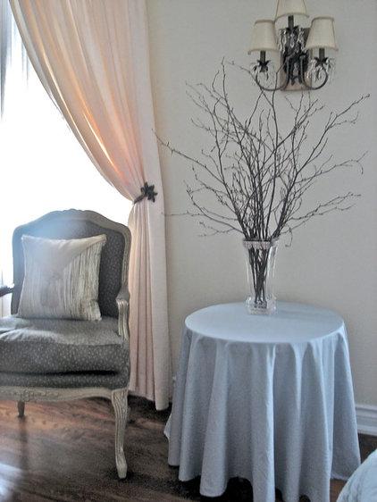 Eclectic Bedroom by Melissa Condotta | Folklore Studio