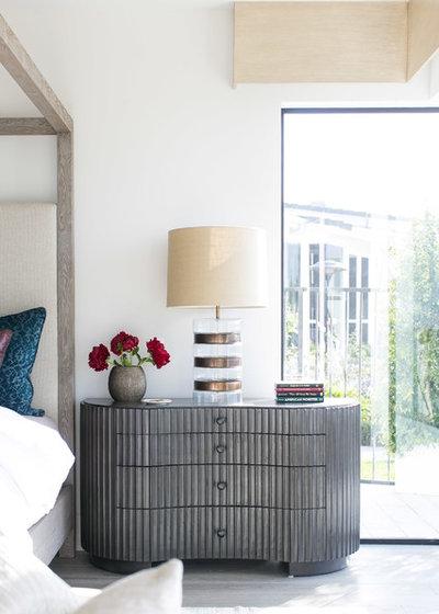 Bedroom by Blackband Design