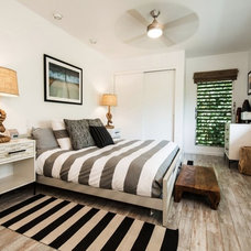 Beach Style Bedroom by Designscape Inc.