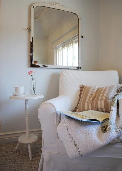 Shabby chic-inspirerad Sovrum Canadian Cottage