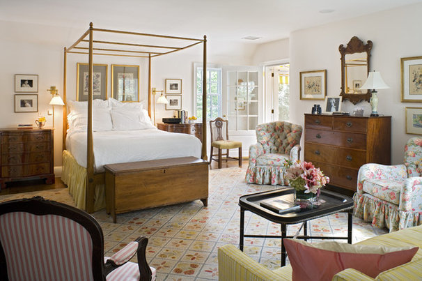 Traditional Bedroom by Archer & Buchanan Architecture, Ltd.