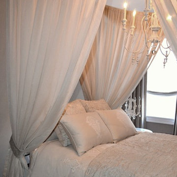 Canopy Bedroom in Baltimore Row Home