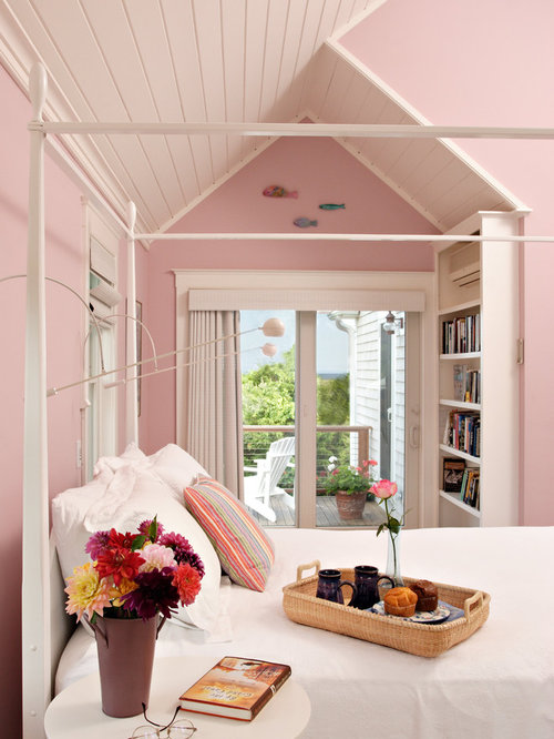 Exceptional Inspiration For A Shabby Chic Style Bedroom Remodel In Boston With Pink  Walls
