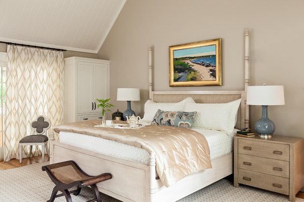 Beach Style Bedroom by Violandi + Warner Interiors