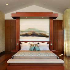tropical bedroom by K2 Design