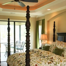 Traditional Bedroom by Trusst Builder Group