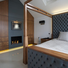 Contemporary Bedroom by Gregory Davies Photography