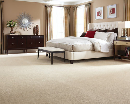 Inspiration For A Large Transitional Master Bedroom In New York With Beige  Walls, Carpet And