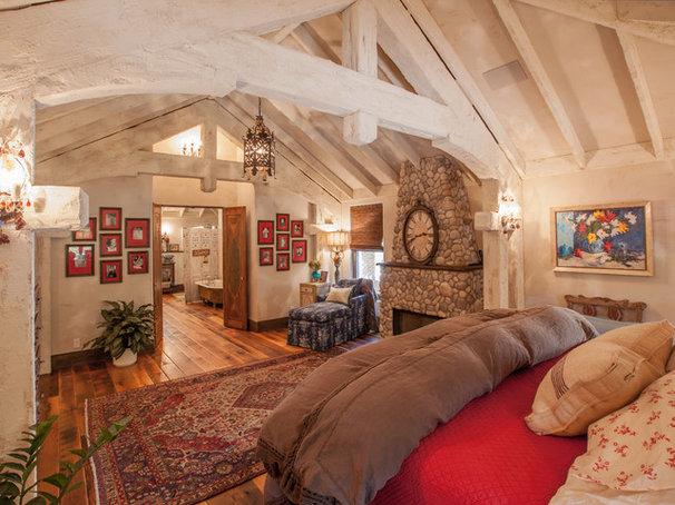 Rustic Bedroom by Key Residential