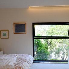 Contemporary Bedroom by PAUL CREMOUX studio