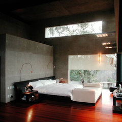 contemporary bedroom by Serrano Monjaraz Arquitectos