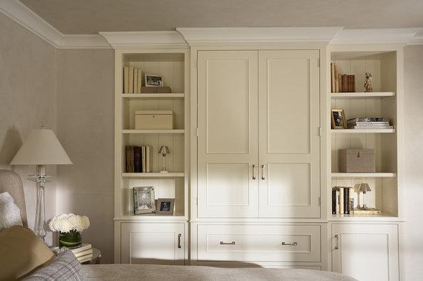 Traditional Bedroom by Casa Verde Design