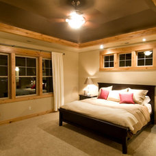 Bedroom by dC Fine Homes & Interiors
