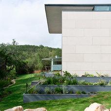 Modern Bedroom Cascading Creek House