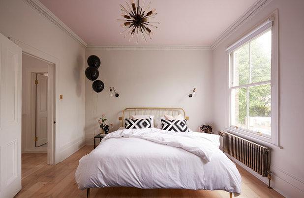Skandinavisch Schlafzimmer by VICTORIA TUNSTALL