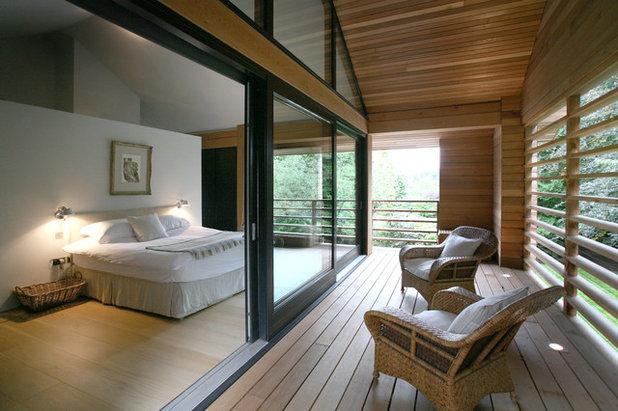 コンテンポラリー 寝室 by Tye Architects