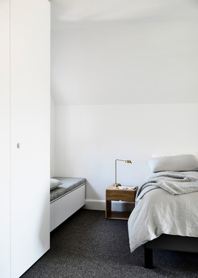 Contemporary Bedroom by Luke Fry Architecture & Interior Design