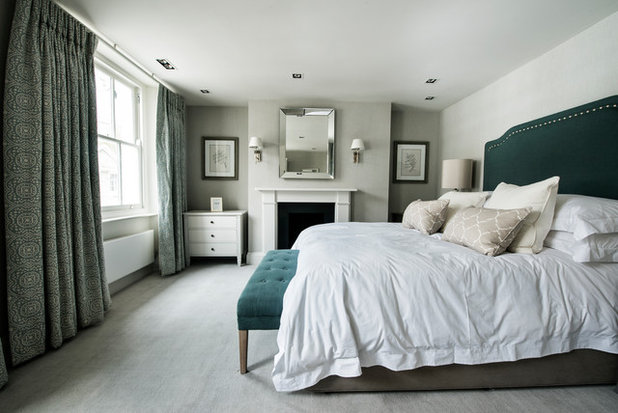 Fusion Bedroom by Motacus Constructions LTD