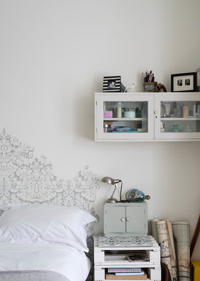 Scandinavian Bedroom by Farrow & Ball