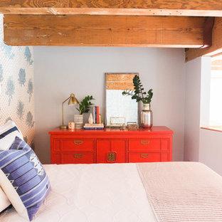 Idée de décoration pour une petit chambre mansardée ou avec mezzanine asiatique.
