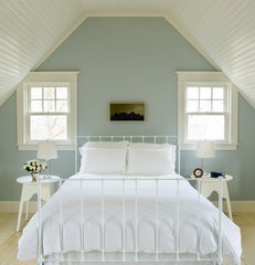 contemporary bedroom by Aquidneck Properties