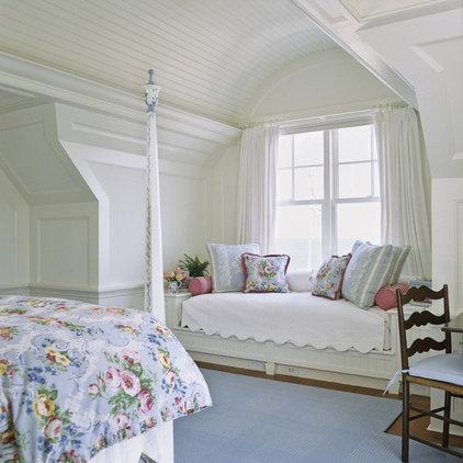 Traditional Bedroom by Pamela Gaylin Ryder, Inc