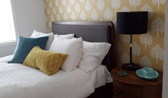 Cheery master bedroom  accent wall