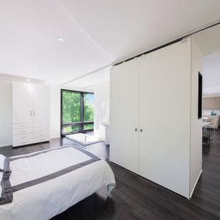 dark floor white wall houzz