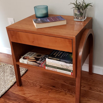 Cherry Nightstand/End Table