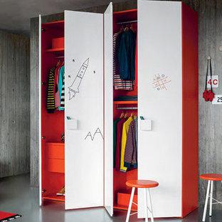 Imagen de dormitorio minimalista, pequeño, con paredes grises