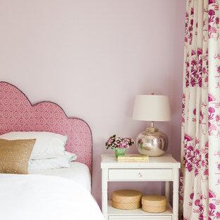 Klassisk inredning av ett sovrum