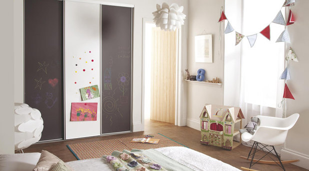 Contemporary Bedroom Children's White Sliding Wardrobe Doors with Chalk Board Finish