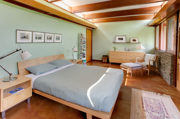 Midcentury Bedroom by Genesis Architecture, LLC.