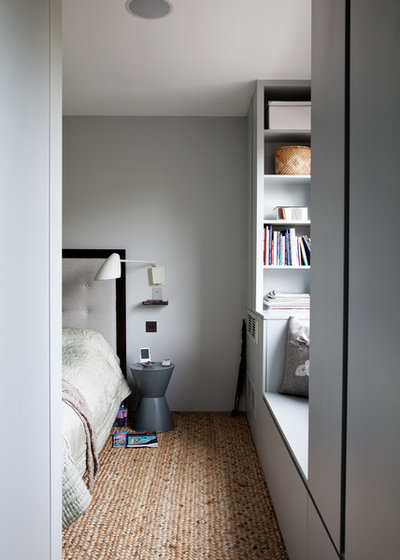 Modern Bedroom by Sigmar