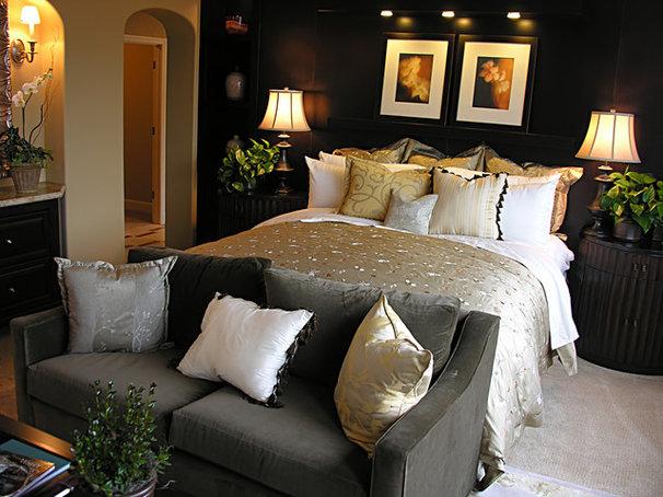 Tropical Bedroom by Vicki Bergelt Interior Design