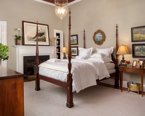 Traditional bedroom with four poster bed for Traditional four poster beds