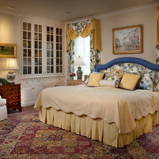 Traditional Bedroom by Diane Burgoyne Interiors