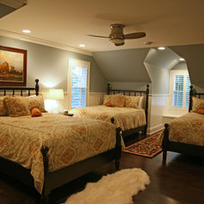 Traditional Bedroom by Interior Changes home design