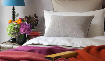 Classic Range with Textured Throws