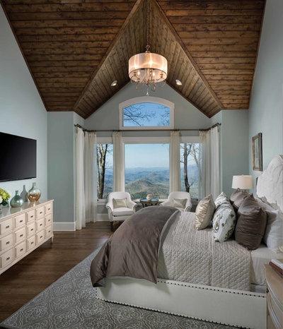 Классический Спальня by Arthur Rutenberg Homes by American Eagle Builders