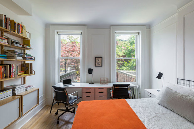 Transitional Bedroom by Urban Pioneering Architecture