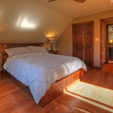 Traditional Bedroom by Mosby Building Arts