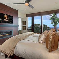 Contemporary Bedroom by Studio 6 Architects