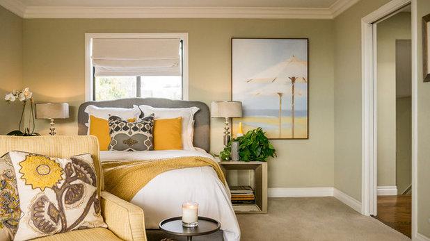 エクレクティック ベッドルーム by Kathy Ann Abell Interiors