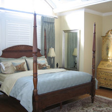 Traditional Bedroom by JMS Atelier