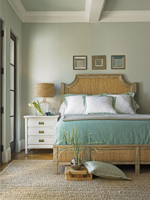 Tropical bedroom idea in Miami - Seagrass Bed Houzz