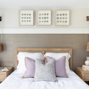 Inspiration for a mid-sized transitional bedroom remodel in San Diego with multicolored walls