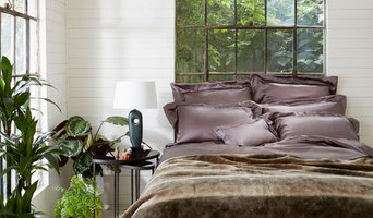 Cocoa Bed Linen and Faux Fur throw